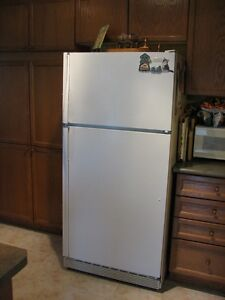 refrigerator and elect. range for sale, Maytag d/w