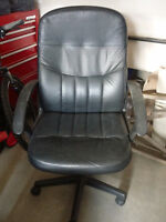 MUST SELL!! Leather Computer Chair