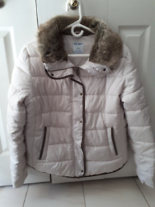 Old Navy Women's winter Coat with accessories