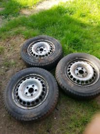"16""Tyres on wheels"