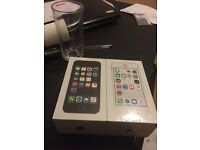 2x iPhone 5s brand new sealed