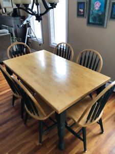 Country Dining Set