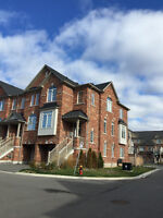 GEORGETOWN NEWER TOWNHOUSE: WEAVERS MILL END UNIT