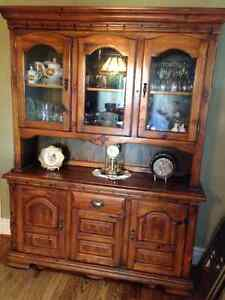 Solid Pine Wood Table and Chairs with matching Buffet and Hutch Stratford Kitchener Area image 2