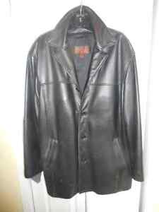 Danier Mens XL Leather Winter Coat