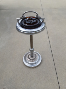 vintage stand ashtray find art antiques vintage items and other collectibles nearby in. Black Bedroom Furniture Sets. Home Design Ideas