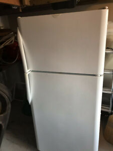Matching white stove & fridge -asking  $225