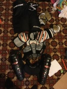 Full protective set of hockey gear