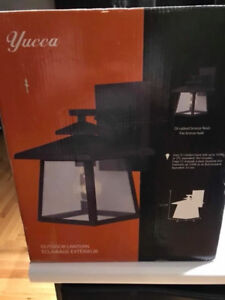 Outdoor lantern light fixture - brand new