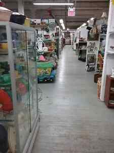 Canada's largest antique mall 600 booths to explore  Stratford Kitchener Area image 6