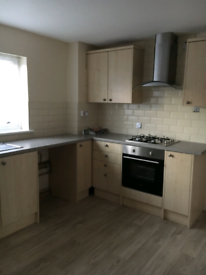 Large 3 bed house to let in Ashford
