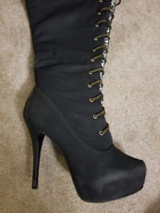 Size 11 knee high lace up boots $75