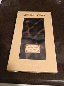 Michael Kors IPhone 5S Cell Phone Cases Peterborough Peterborough Area image 1