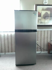 Danby Apartment Fridge   Buy & Sell Items From Clothing to ...