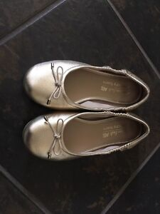 Gold shoes size 12 1/2 kids