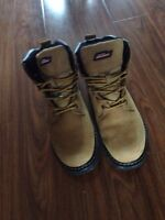 Work boots size 8 in mens
