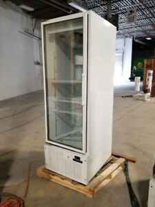 SINGLE DOOR GLASS COOLER