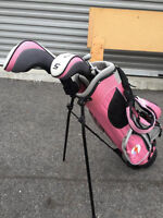 Perfect starter Golf Clubs for your little girl