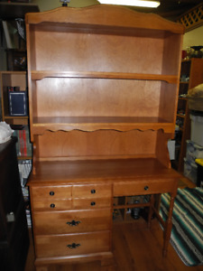 Four Drawer Single Pedestal Desk With Removable Hutch