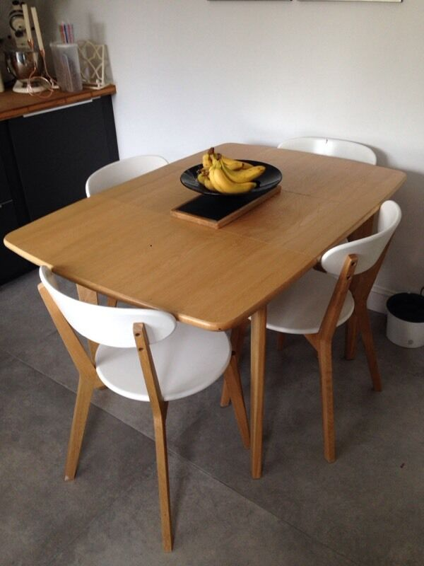 Made Com Monty Extending Dining Table Solid Oak 4 6 Seater