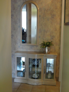 hall display cabinet