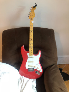 Squire Classic Vibe w/ Modelling Amp