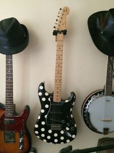 fender stat buddy guy