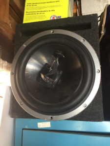 Kenwood Subwoofer And Amplifier | Kijiji in Toronto (GTA