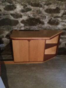 Bureau de travaille avec meuble