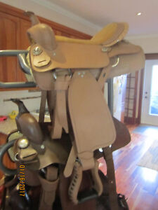 Brand NEW- Quality Leather HORSE SADDLE~Priced to SELL