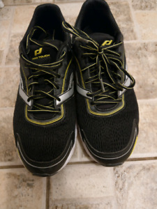 Shoes lightly used