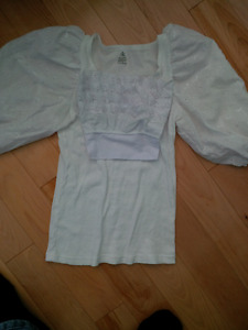 Blouse-top for highland dance outfit