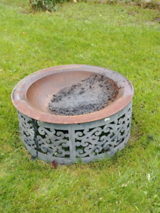 Fire pit bowl and ring