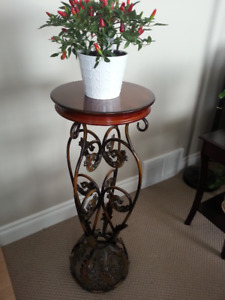 Plant Stand Kijiji In Edmonton Buy Sell Amp Save With