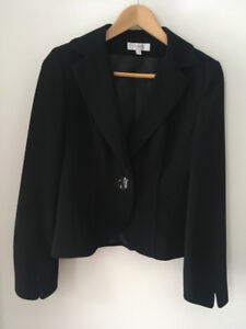 Tailleur / costume et tops Marque française 123 (French brand)