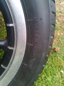 HARLEY DAVIDSON ROAD KING ULTRA WHEELS WITH TIRES AND ROTORS Windsor Region Ontario image 6