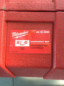 "Milwaukee 2-1/2"" thru 4"" knockout set Peterborough Peterborough Area image 2"