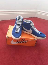 Ladies Nike Blazer suede VINTAGE Sz 6