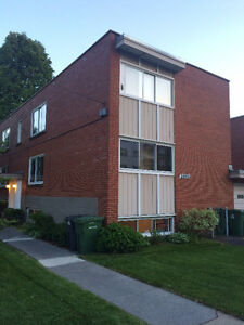 LACHINE WEST CLOSE TO WATER - SMALL 3 1/2 SEMI-BASEMENT