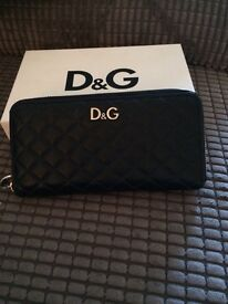 Dolce and Gabbana black leather purse
