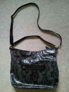 Like New Authentic Nine West Shoulder Bag London Ontario image 2