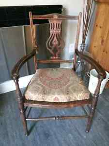 Antique buy and sell furniture in ottawa gatineau area for Chaise bercante kijiji