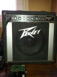 "best offer a vintage peavey Audition 30 amp 10"" sub works good"