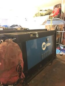***MILLER PRO WELDING MACHINE!! MUST SELL!!**