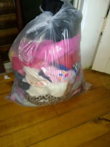 Bag of girl clothes 12 to 18 month
