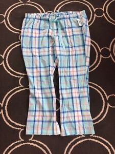 Ladies Old Navy Size XXL pajama pants