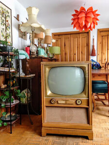 Cool! Meuble Television Vintage / Antique TV
