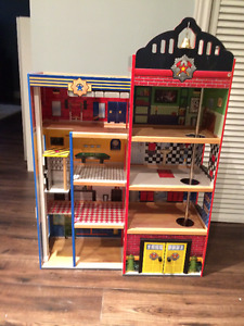 Kids' Firehouse With Accessories