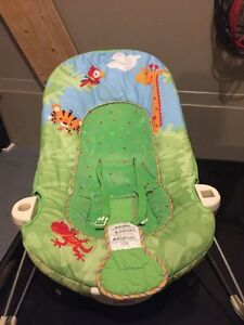 Fisherprice Rainforest Jumperoo, Mobile & bouncy chair West Island Greater Montréal image 2