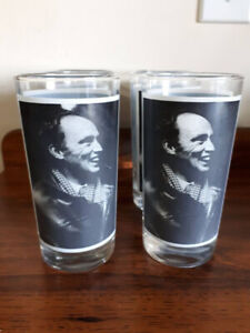 Cool collectible  vintage Pierre Trudeau drinking  glasses